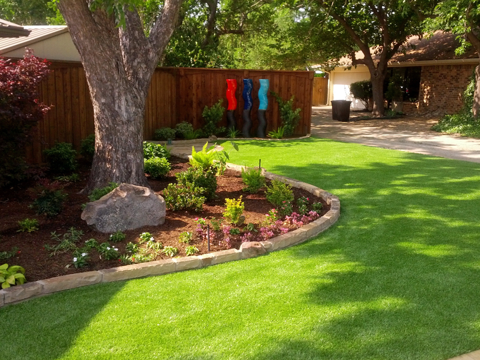 Synthetic grass cost glasgow oregon backyard playground for Garden design ideas glasgow