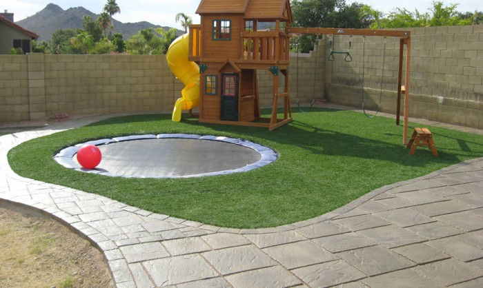 Synthetic Grass for Landscape Lawns Portland, Oregon